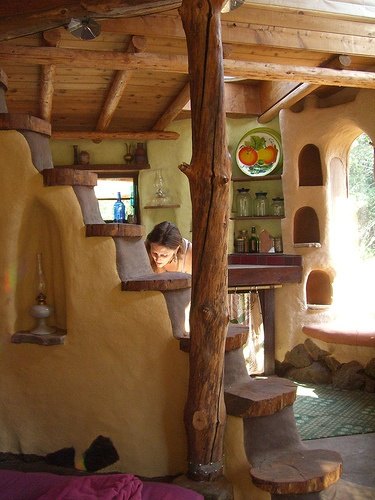Cob houses: an introduction (4/6)