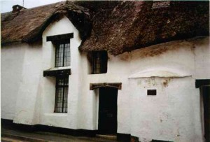 Cob houses: an introduction (1/6)