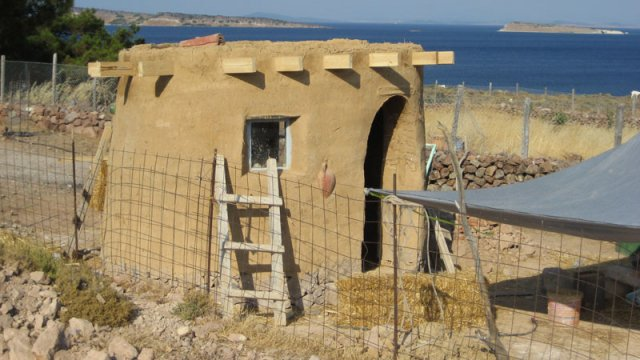 Cob Houses: Interview with Cob.gr (1/6)