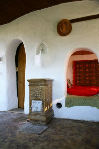 Cob Houses: Interview with Cob.gr (3/6)