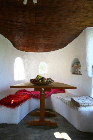 Cob Houses: Interview with Cob.gr (5/6)