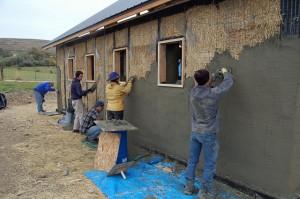 straw-bail-plastering