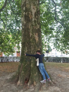 This is me hugging a tree. I can supposedly become facebook friends with said tree. That's what a Ghent guide said. I cannot find its facebook profile though. I will keep looking. It is a good tree.