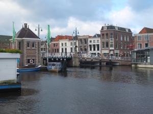 Leiden bridge