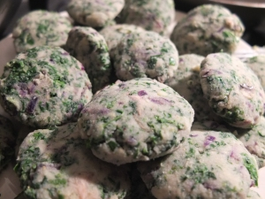 Kale and red cabbage mashed potato patties