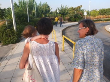 It was great to go for walks as a family again (my brother lives in Munich but came to spend 5 days with us. In the picture he can be seen walking next to my dad further away while LM, me and my mother walk at a somewhat slower pace due to LM's tiny feet)